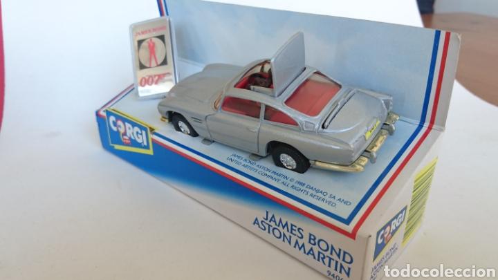 Coches a escala: Aston Martin DB5 del agente James Bond 007 de CORGI años 80 - Foto 2 - 103755450