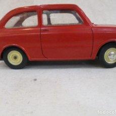 Coches a escala: COCHE FIAT 85O ESCALA 1:13 FABRICADO EN ITALIA POR POCHER 1964 RARISIMO UNICO EN TODOCOLECCION. Lote 104715447