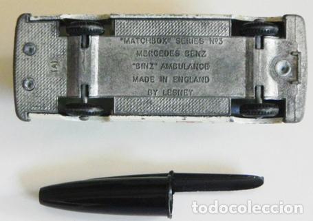 Coches a escala: ANTIGUO COCHECITO - AMBULANCIA MERCEDES BENZ - DE MATCHBOX LESNEY INGLATERRA JUGUETE COCHE A ESCALA - Foto 4 - 109079259