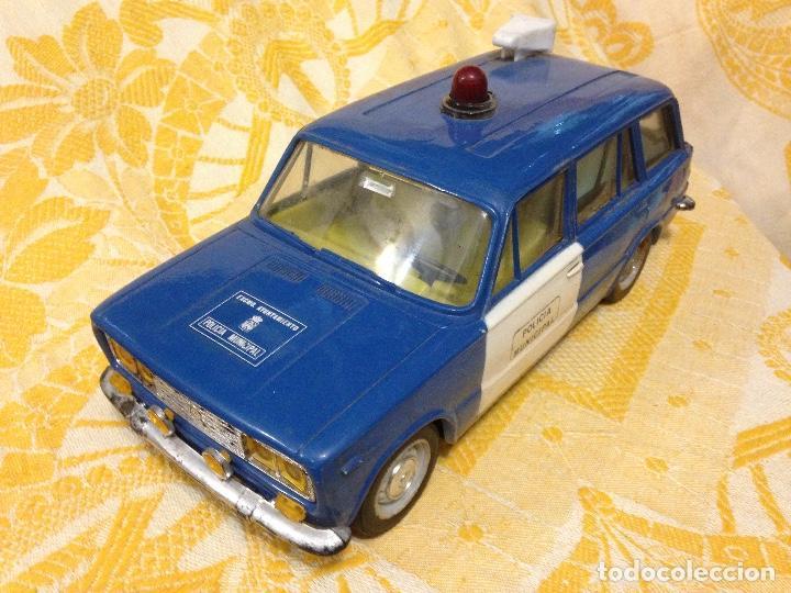 Coche Venta Local Directa En Rico Policia Juguete Vendido De g6yfb7