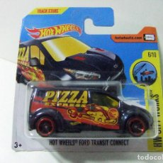 Coches a escala: FORD TRANSIT CONNECT PIZZA EXPRESS- HOT WHEELS HW CITY WORKS 2017 TREASURE T-HUNT ESCALA 1:64 TRACK. Lote 110909799
