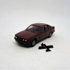 Coches a escala: HERPA H0 2043 BMW 735I (E32) 1986-94 BURDEOS ESCALA 1/87 H0 EN CAJA (0977). Lote 113213555