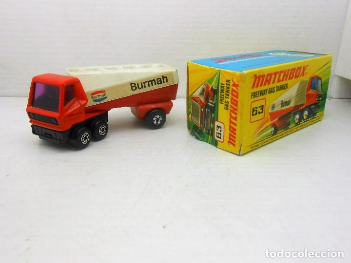 Coches a escala: 1672 MATCHBOX ORIGINAL FREEWAY GAS TANKER REF 63 CAMION TRUCK CON CAJA SUPERFAST ENGLAND - Foto 2 - 114185667