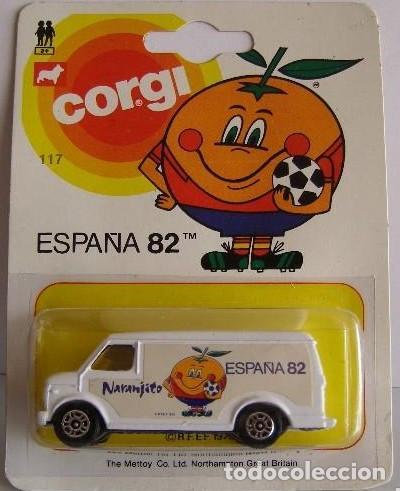 FURGONETA A ESCALA CORGI REF. 117 DEL MUNDIAL DE FUTBOL 1982 NARANJITO (Juguetes - Coches a Escala Otras Escalas )