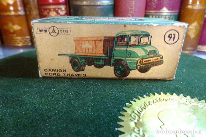 Coches a escala: CAMION FORD THAMES - MINI CARS 91 - DIVISION TRANSPORTES - Nº24 - SERIE G.B - ANGUPLAS - Foto 2 - 116420735