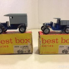Coches a escala: 2 VEHICULOS BEST BOX SERIES - T-FORD 1919 DELIVERY VAN Y T-FORD 1919 SEDAN. Lote 117129191