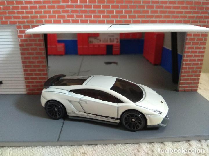 Hot Wheels 2010 Lamborghini Gallardo Lp 570 4 1 Buy Model Cars At