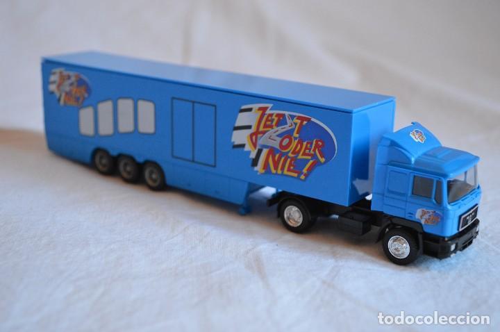Coches a escala: Camión con semirremolque Man LKW F90. Esc. 1/87. Albedo. romanjuguetesymas. - Foto 8 - 118810679