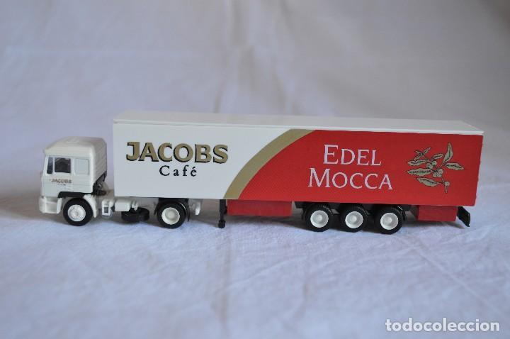 Coches a escala: Camión con semirremolque Man LKW F90. Jabobs café. Esc. 1/87. Albedo. romanjuguetesymas. - Foto 4 - 118824971