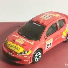 Coches a escala: COCHE MINIATURA. MAJORETTE. PEUGEOT 206 WRC. RALLY . Lote 120373103