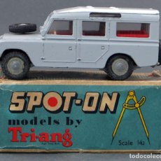 Coches a escala: LAND ROVER LWB SPOT ON TRI-ANG MADE IN ENGLAND 1/42 AÑOS 60. Lote 121251843