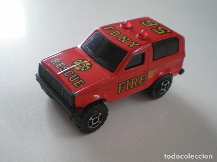 SONIC FLASHERS MAJORETTE CAMIONETA FIRE DPT RESCUE (Juguetes - Coches a Escala Otras Escalas )
