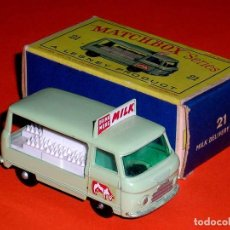 Coches a escala: COMMER MILK BOTTLE FLOAT REF. 21-C, METAL ESC 1/75, LESNEY MATCHBOX ENGLAND, AÑO 1961. CON CAJA.. Lote 122233127