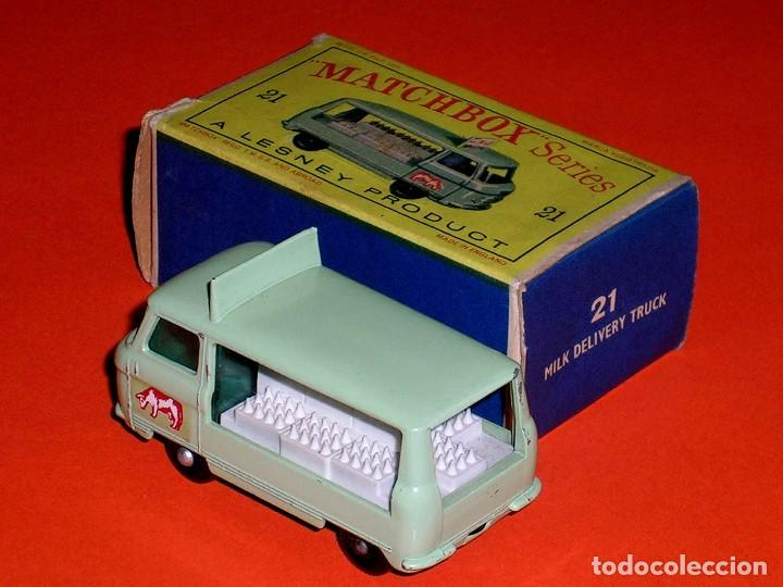 Coches a escala: Commer Milk Bottle Float ref. 21-C, metal esc 1/75, Lesney Matchbox England, año 1961. Con caja. - Foto 4 - 122233127