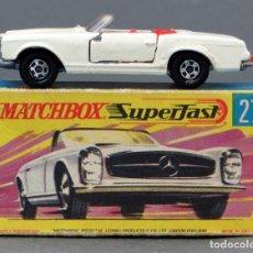 Coches a escala: MERCEDES 230 SL MATCHBOX SUPERFAST LESNEY Nº 27 CON CAJA AÑOS 70. Lote 122547443