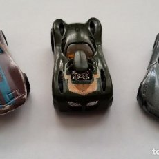 Coches a escala: 3 COCHES HOT WHEELS, 2009 CORVETTE, 2003, M.I.1975...GASTOS ENVIO 6 EUROS. Lote 125197923