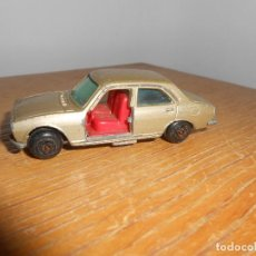 Coches a escala: PEUGEOT 504 -GUISVAL. Lote 126030851