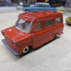Coches a escala: FORD TRANSIT CARAVAN,MARTIN WALTER 1970.HUSKY MODELS MADE IN GREAT BRITAIN.. Lote 128180499