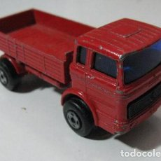 Coches a escala: MATCHBOX LESNEY SUPERFAST N ° 1 ROJO MERCEDES TRUCK 1.75. Lote 128504483
