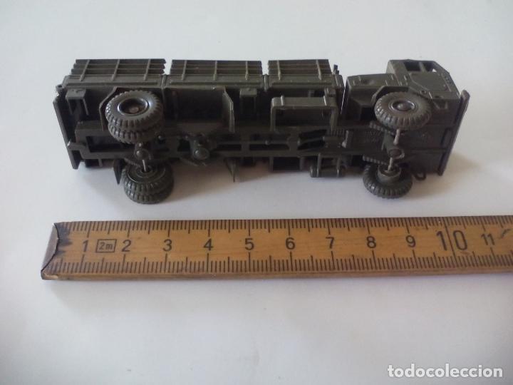 Coches a escala: ROCO. made in AUSTRIA. CAMIÓN MILITAR DE TRANSPORTE. d.b.g.m.. miniatura, maqueta, modelismo. - Foto 2 - 132573290