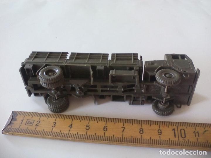 Coches a escala: ROCO. made in AUSTRIA. CAMIÓN MILITAR DE TRANSPORTE. d.b.g.m.. miniatura, maqueta, modelismo. - Foto 4 - 132573290