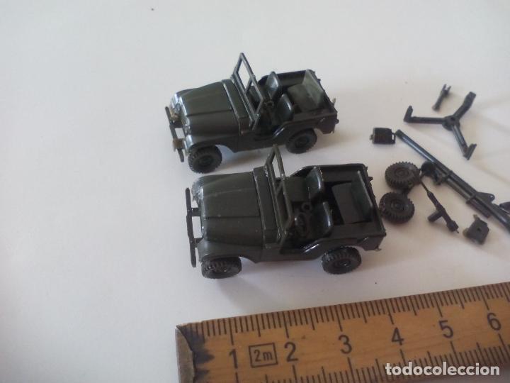 Coches a escala: ROCO. made in AUSTRIA. 2 coches, jeep, militar. miniatura, maqueta, modelismo. - Foto 2 - 132587686