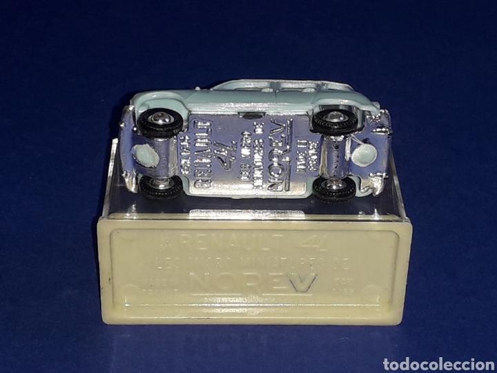 Coches a escala: Renault 4 4L, plástico esc. 1/86 H0, Microminiatures Norev tipo Anguplas, original años 60. - Foto 5 - 135171354