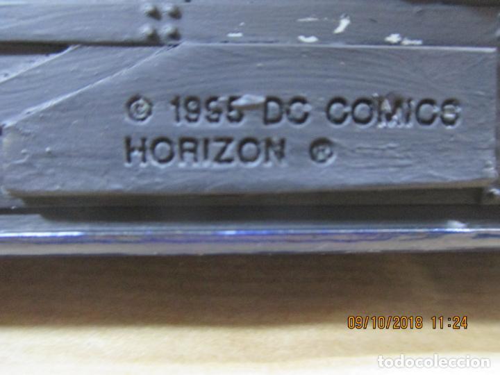 Coches a escala: ANTIGUO COCHE DE BATMAN. BATMOBILE. 1995. DC COMICS HORIZON. 21 CM. 350 GRAMOS - Foto 8 - 135770782