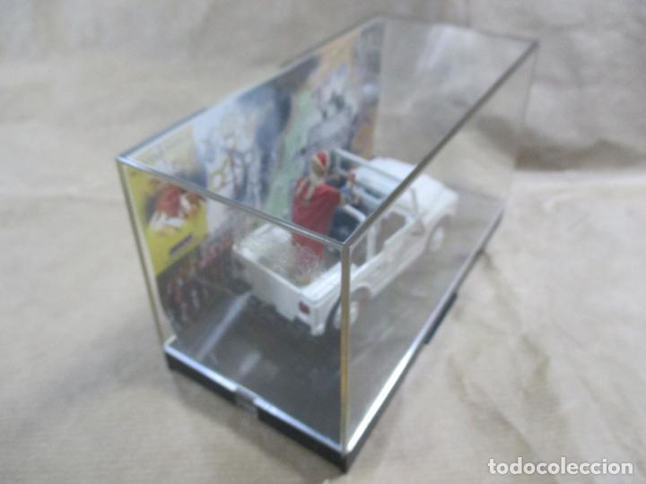 Coches a escala: ANTIGUO COCHE DE METAL. FIAT CAMPAGNOLA. OLD CARS. ITALY. 1/43. PAPAMÓVIL CON MINIATURAS. 9 CM - Foto 4 - 138744058