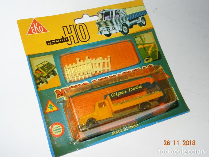 Coches a escala: Antiguo Blister sin Abrir con Camión MAGIRUS DEUTZ de PIPER COLA con Vallas en Escala 1/86 de EKO - Foto 6 - 141887486