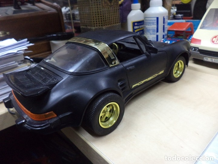 Coches a escala: Porsche Turbo Targa Esc.1/15 aprox con mando a distancia.New Bright 1987. - Foto 4 - 210944889
