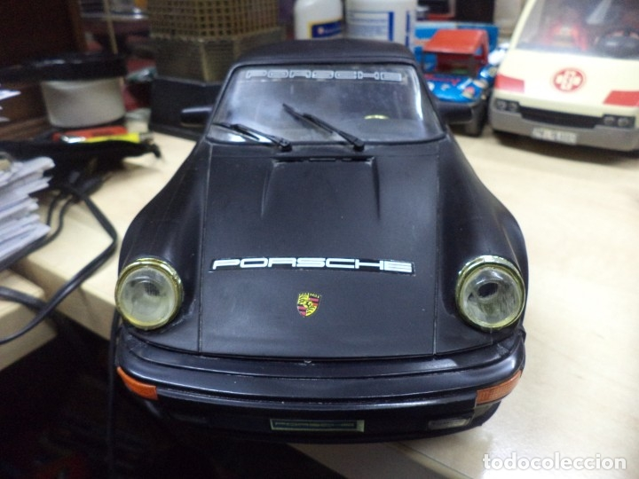 Coches a escala: Porsche Turbo Targa Esc.1/15 aprox con mando a distancia.New Bright 1987. - Foto 5 - 210944889