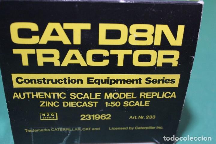 Coches a escala: Bulldozer Caterpillar D9N Con Ripper NZG Escala 1:50 - Foto 5 - 78337677