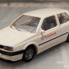 Coches a escala: COCHE TELEKOM VW GOLF 1/87 - MINIATURA - WIKING. Lote 147772746