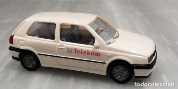 Coches a escala: COCHE TELEKOM VW GOLF 1/87 - MINIATURA - WIKING - Foto 2 - 147772746