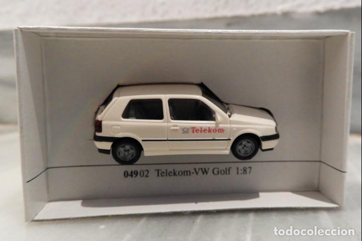 Coches a escala: COCHE TELEKOM VW GOLF 1/87 - MINIATURA - WIKING - Foto 3 - 147772746