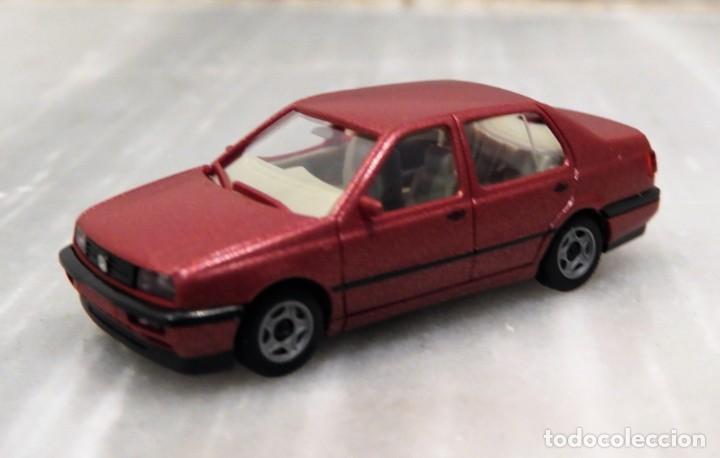 Coches a escala: COCHE VW VENTO GL - 1/87 - HERPA - Foto 2 - 147776262