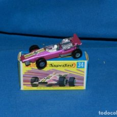 Coches a escala: (M) MATCHBOX SUPERFAST NUM 34 FORMULA 1 RACING CAR CON CAJA, BUEN ESTADO. Lote 150138990
