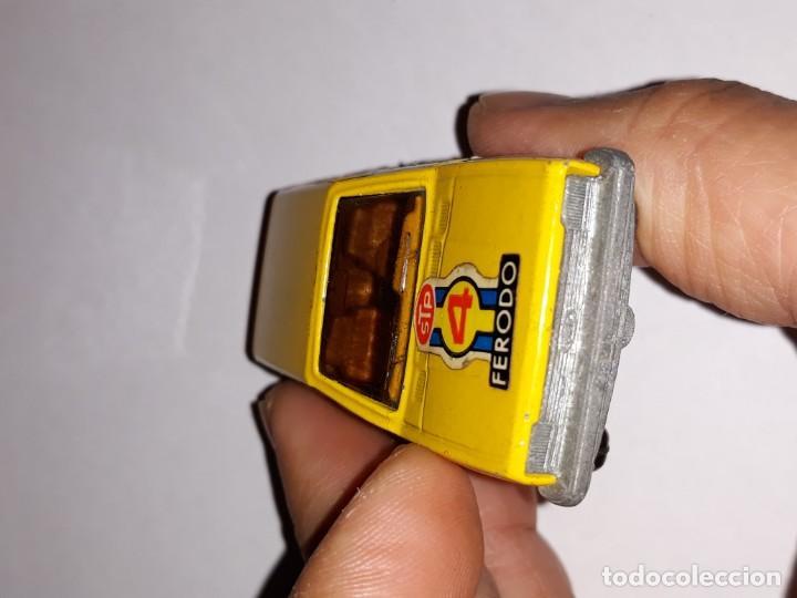 Model Cars: antiguo coche guiloy ford fiesta amarillo ref 611001 made in spain años 70 - Foto 3 - 150980610