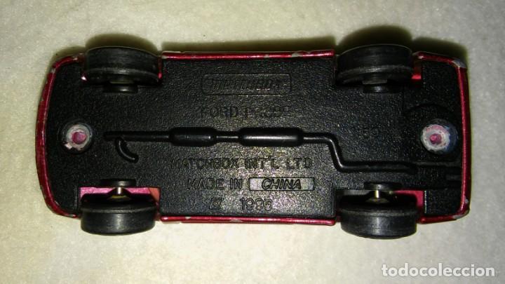 Coches a escala: COCHE MINIATURA FORD PROBE. MATCHBOX. AÑO 1993 - Foto 3 - 153323354