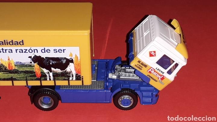 Coches a escala: Camión Man F-2000 M. Sanz Leche Pascual Uperisada, plástico esc. H0 1/87, Herpa Germany. Con caja. - Foto 4 - 153892582