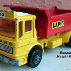 Coches a escala: MATCHBOX SUPER KINGS K 37/2 LEYLAND TIPPER DUMPER LAING. Lote 163517086