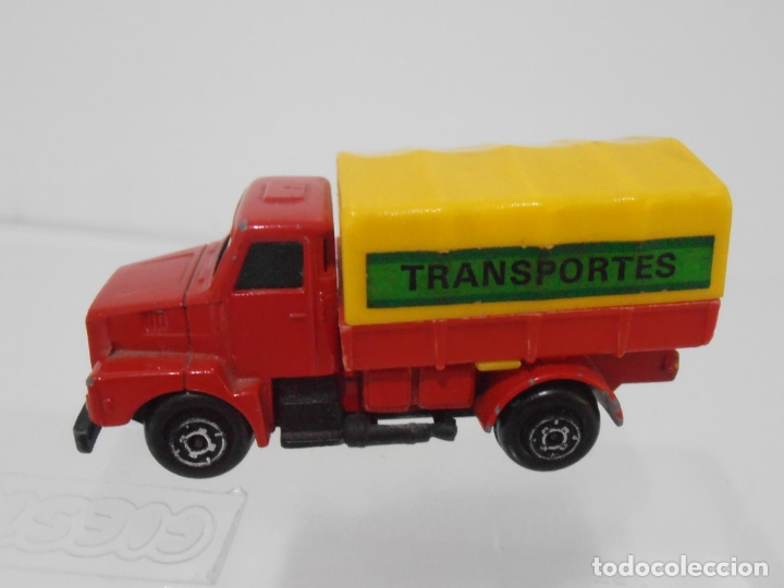 Coches a escala: CAMION DE TRANSPORTES VOLVO GUISVAL MADE IN SPAIN - Foto 3 - 166168334