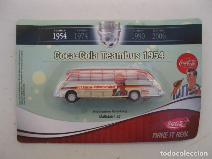 COCA-COLA TEAMBUS 1954 - AUTOBÚS - ESCALA 1:87 - NUEVO - EN BLÍSTER. (Juguetes - Coches a Escala Otras Escalas )