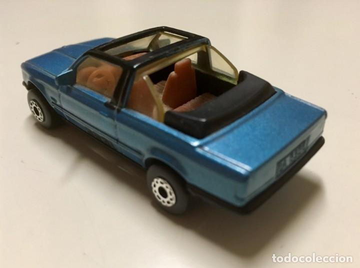 Coches a escala: BMW 323i Cabrio. Matchbox. Escala 1/58 - Foto 2 - 171878922