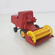 Coches a escala: CLAAS COMBINE HARVESTER BY LESNEY. Lote 172764435