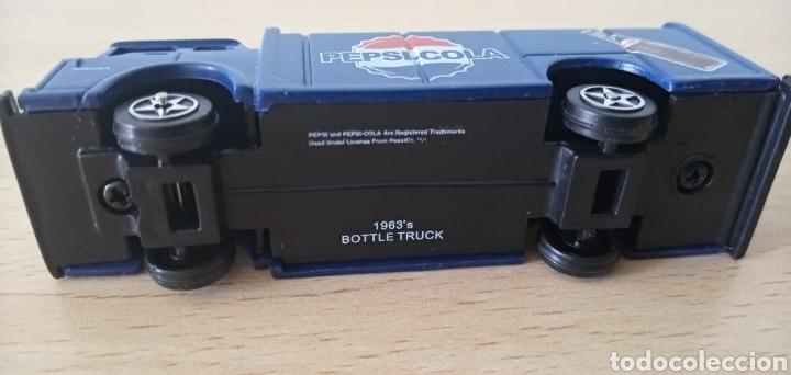 Coches a escala: Réplica camión de bebida Pepsi Cola por Atosa Bottle Truck Golden Wheel Escala 1:87. Nuevo - Foto 3 - 176497145