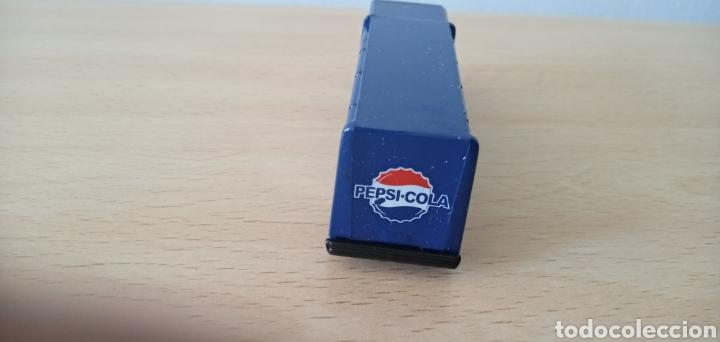 Coches a escala: Réplica camión de bebida Pepsi Cola por Atosa Bottle Truck Golden Wheel Escala 1:87. Nuevo - Foto 4 - 176497145