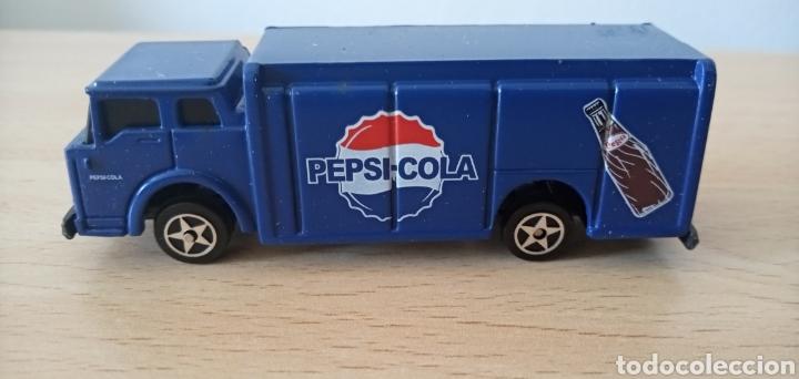 Coches a escala: Réplica camión de bebida Pepsi Cola por Atosa Bottle Truck Golden Wheel Escala 1:87. Nuevo - Foto 7 - 176497145