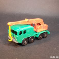 Coches a escala: MATCHBOX SERIES. Nº 30. 8 WHEEL CRANE. LESNEY. MADE IN ENGLAND. 53 G. 7 CM. ESTADO 9 SOBRE 10.. Lote 177071638